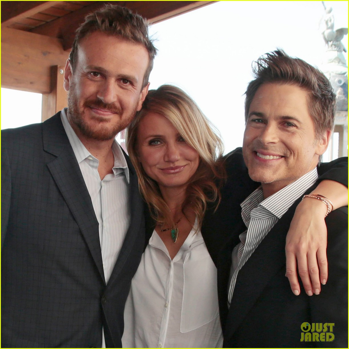 cameron diaz makes fabulous trio with jason segel rob lowe 09