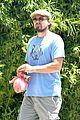 leonardo dicaprio brunches on sunday 04