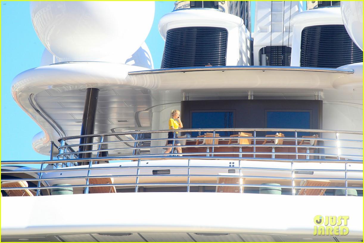 leonardo dicaprio luxury yacht world cup 193134157