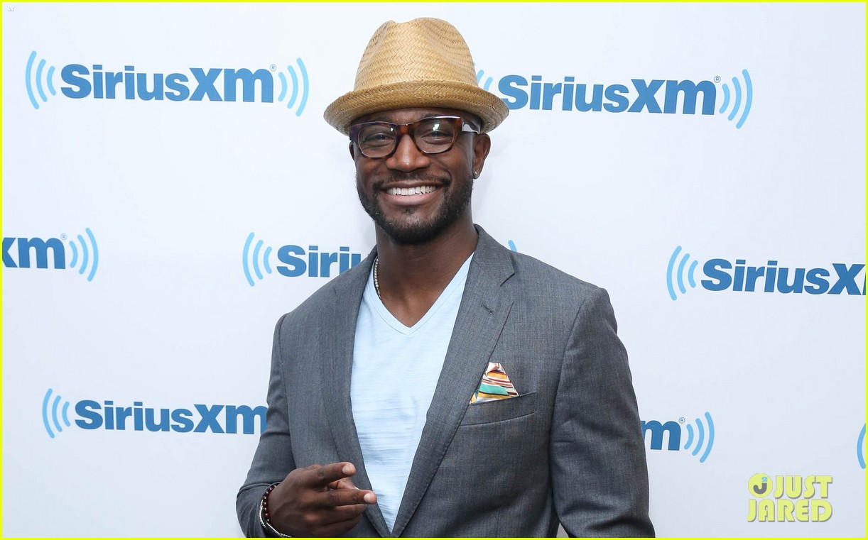 taye diggs opens up about idina menzel split 043132261