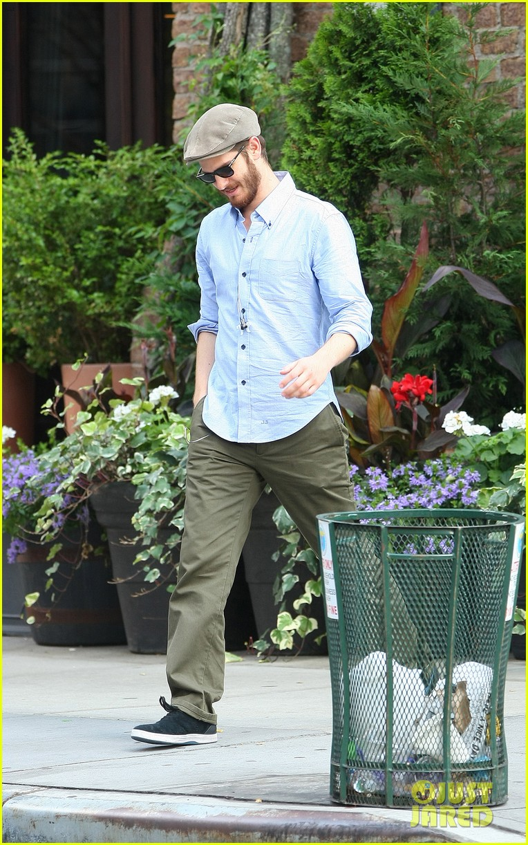 andrew garfield golf cap nyc 083143580