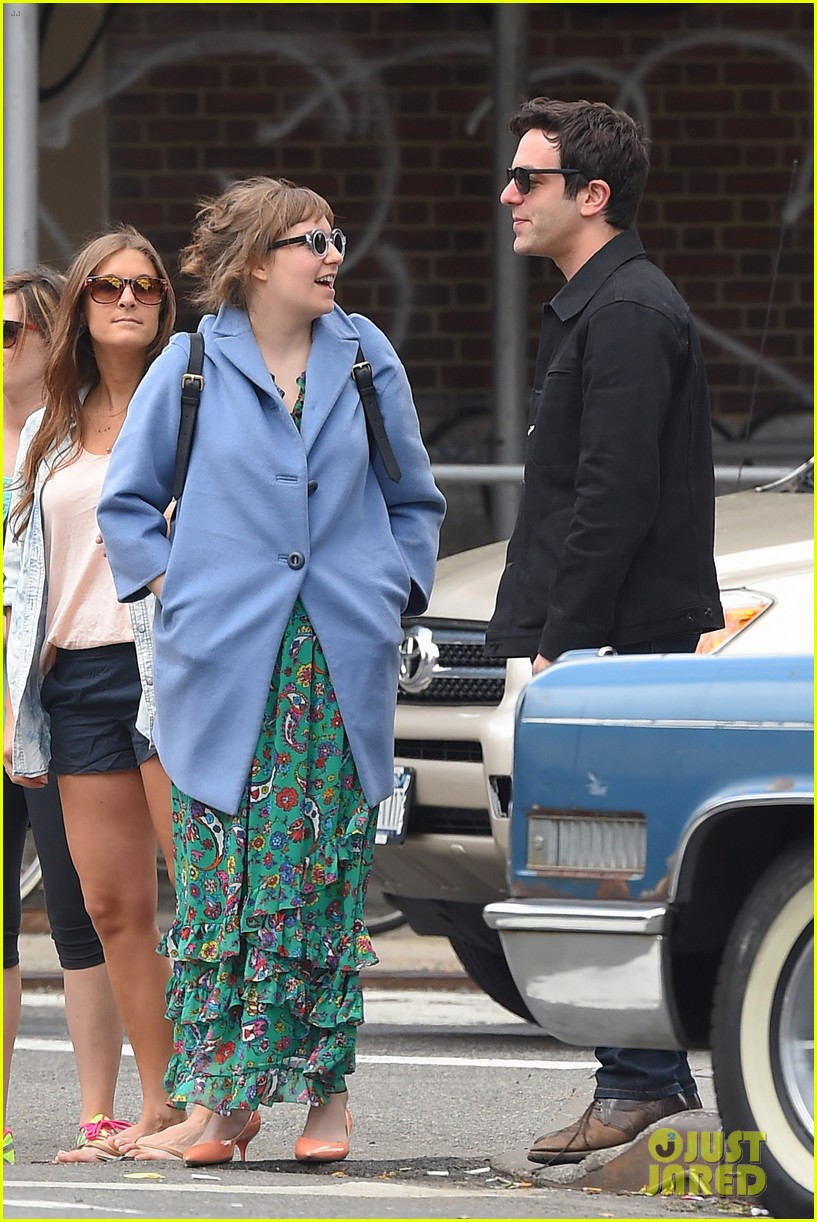 lena dunham hangs out with pal bj novak in new york 113125699