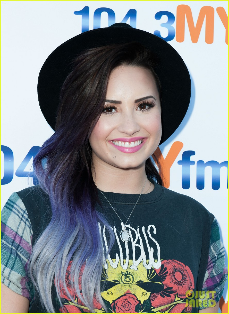 demi lovato ed sheeran give me love duet 11