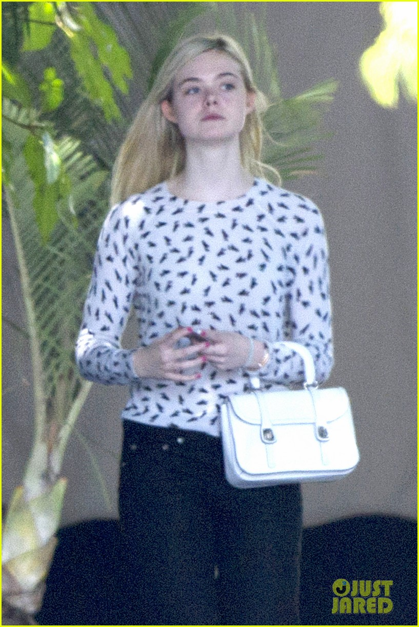 elle fanning chateau marmont two days 01