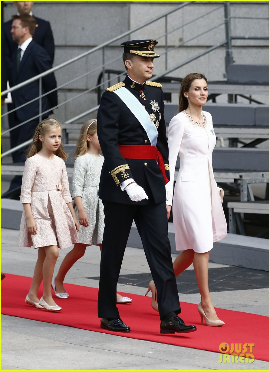 king felipe vi queen letizia of spain coronation 05