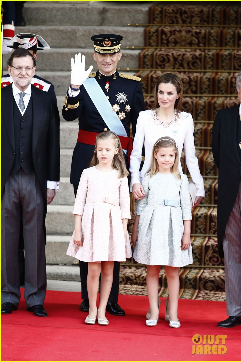king felipe vi queen letizia of spain coronation 06