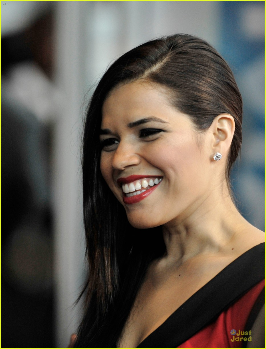 america ferrera ryan piers williams work at xy premiere 043139673
