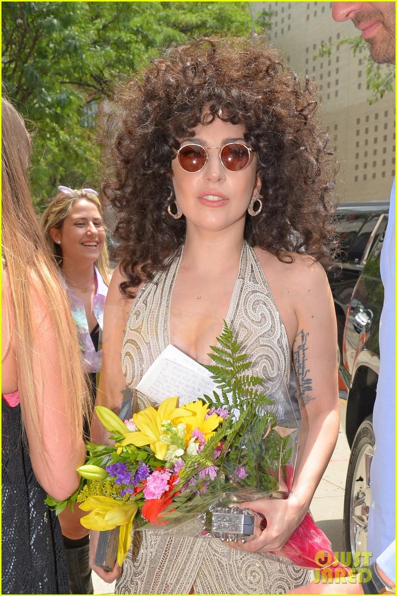 lady gaga curly hair tony bennett rehearsals 05