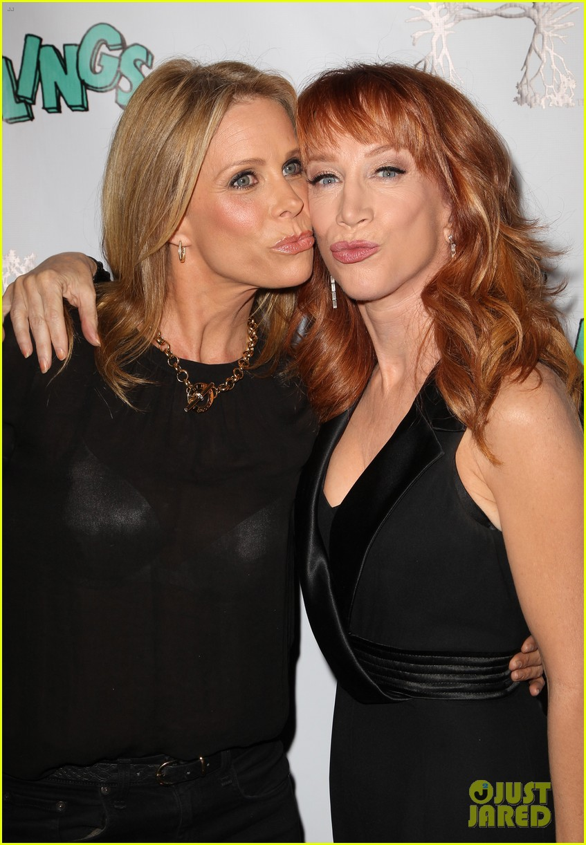kathy griffin cheryl hines groundlings anniversary 043126358