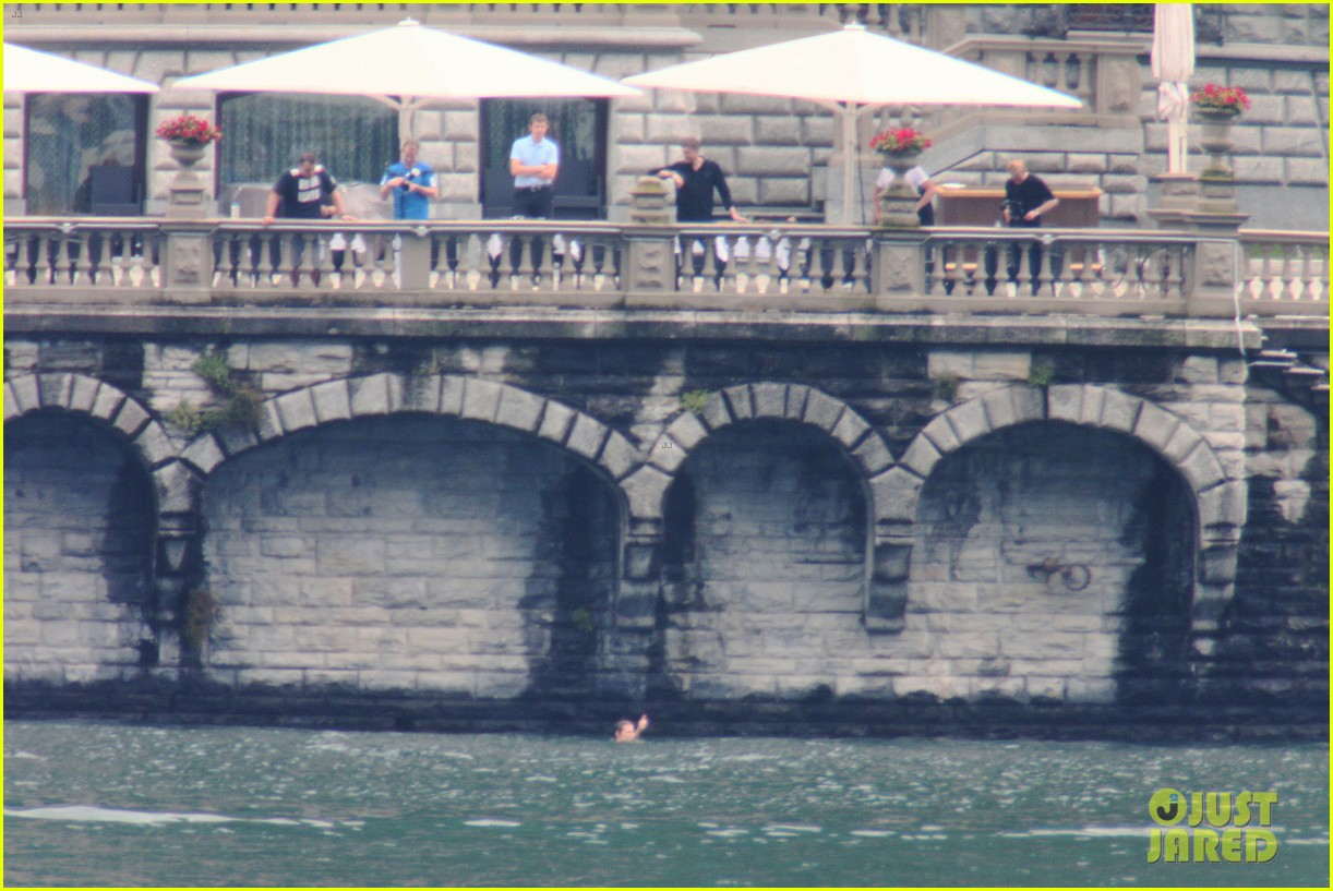 harry styles jumps into lake como 203146816