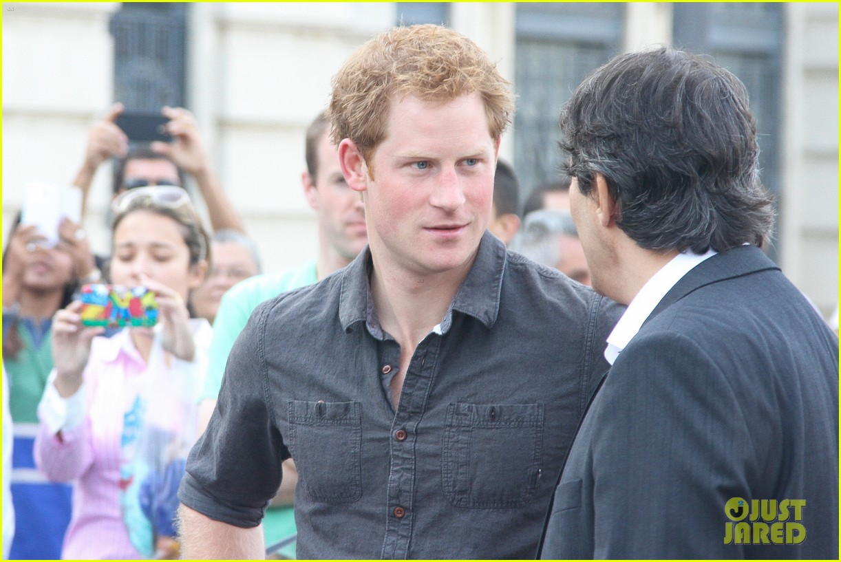 prince harry gets invitation to brazil by beautiful sabrina soto 12