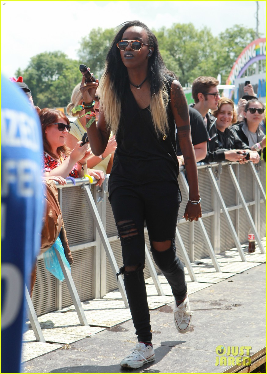 angel haze on girlfriend ireland baldwin 01