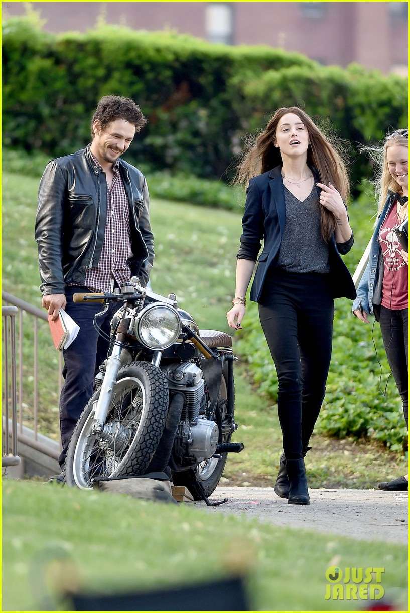 james franco wraps his arms around amber heard for motorcycle ride 17