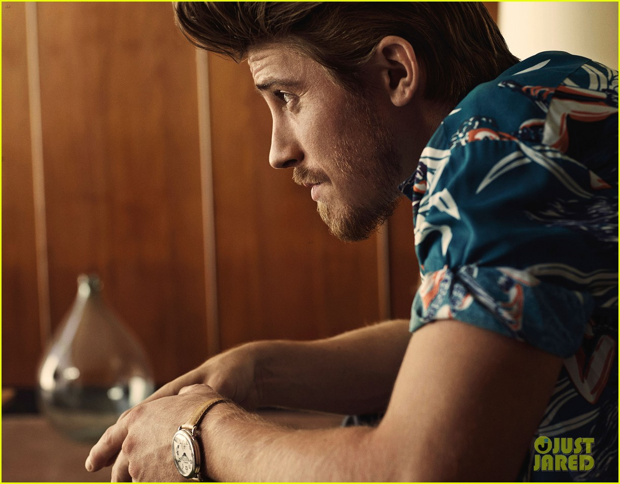garrett hedlund man of the world 043126684