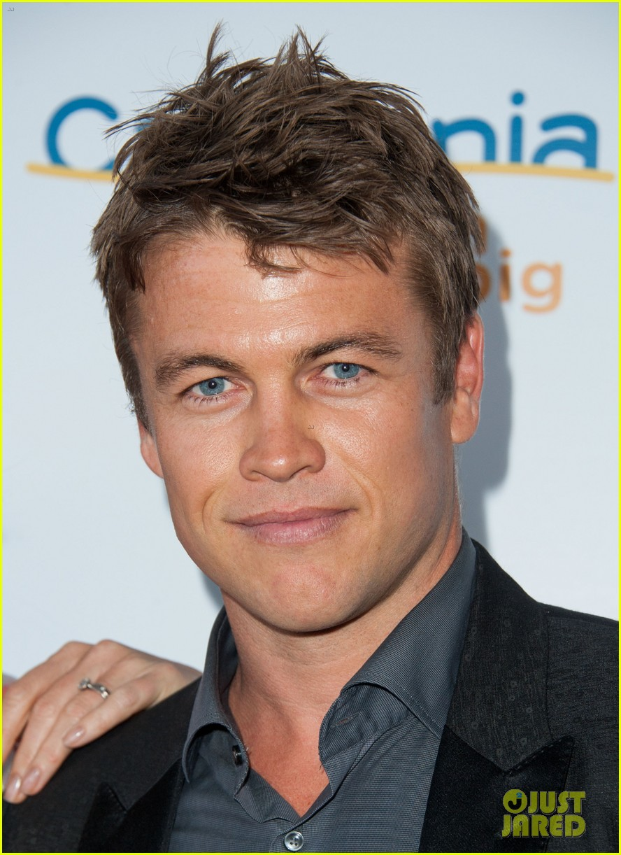 luke hemsworth luke mitchell hottest aussie lukes 04