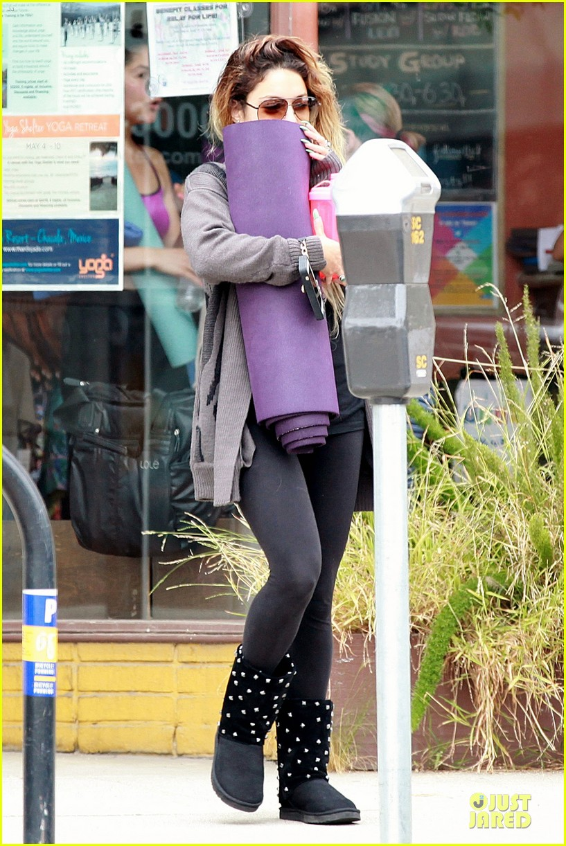 vanessa hudgens stella get fit with mr skellington 033130457