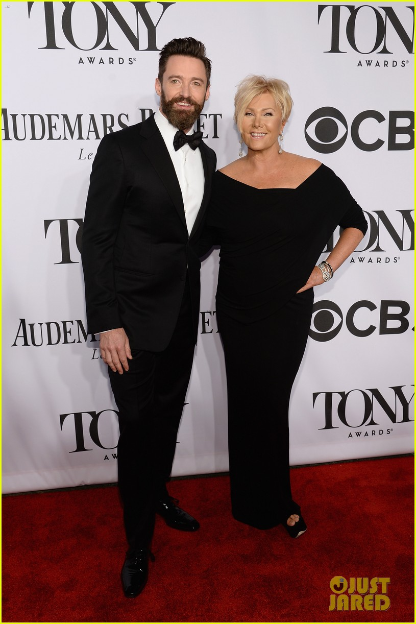 hugh jackman wife deborra lee furness tony awards 2014 01
