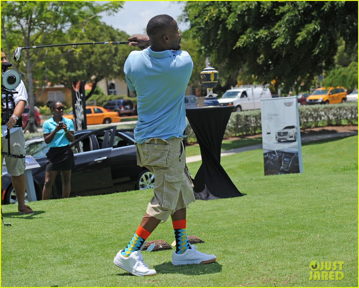 jamie fox dwyane wade celebrity golf tournament miami 093141124