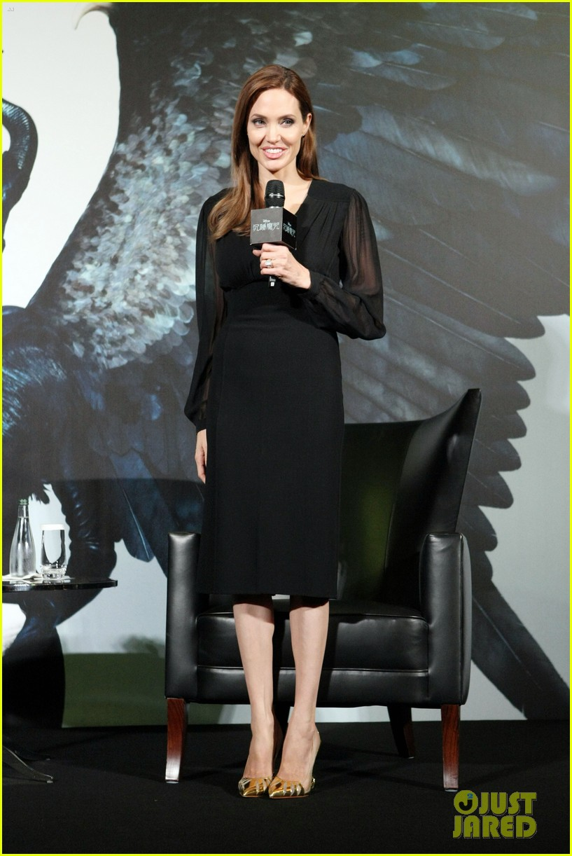 angelina jolie brings maleficent to china 02