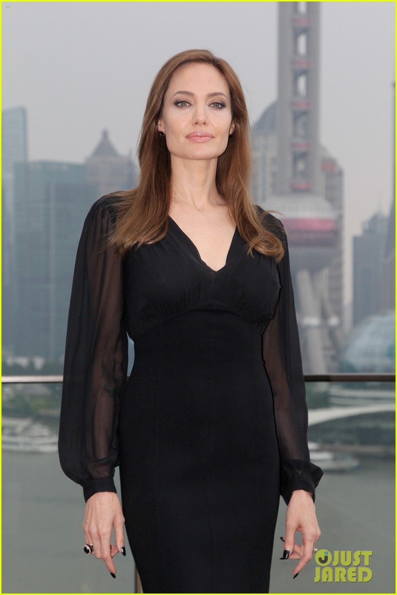 angelina jolie brings maleficent to china 06