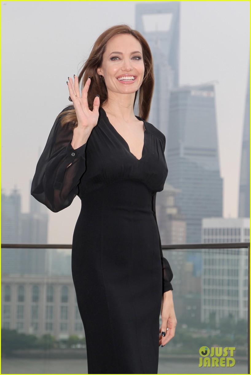 angelina jolie brings maleficent to china 29