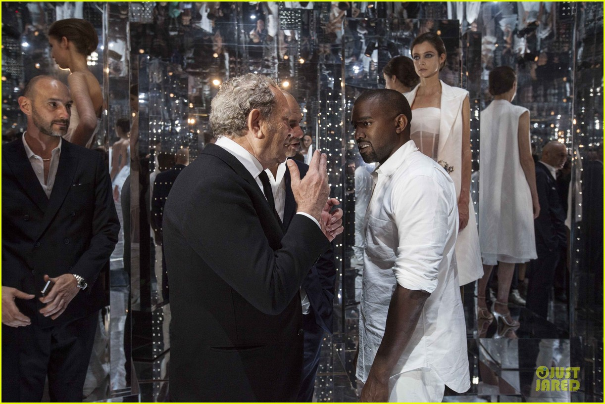 kanye west annie leibovitz release joint statement on wedding photos 09