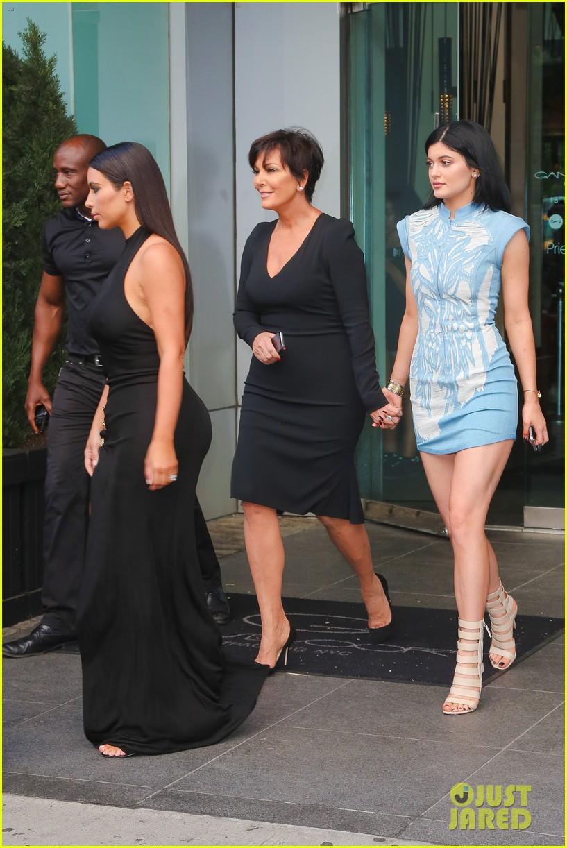 khloe kardashian celebrates 30th birthday 233144409