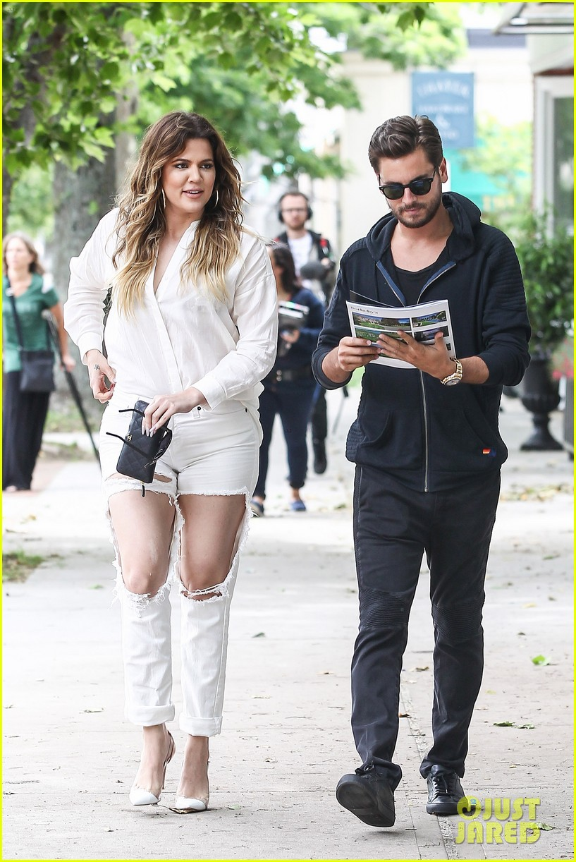 khloe kardashian scott disick continue to bond without kourtney 08
