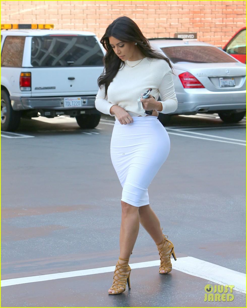 kim kardashian wants to end boycott of beverly hills hotel 03