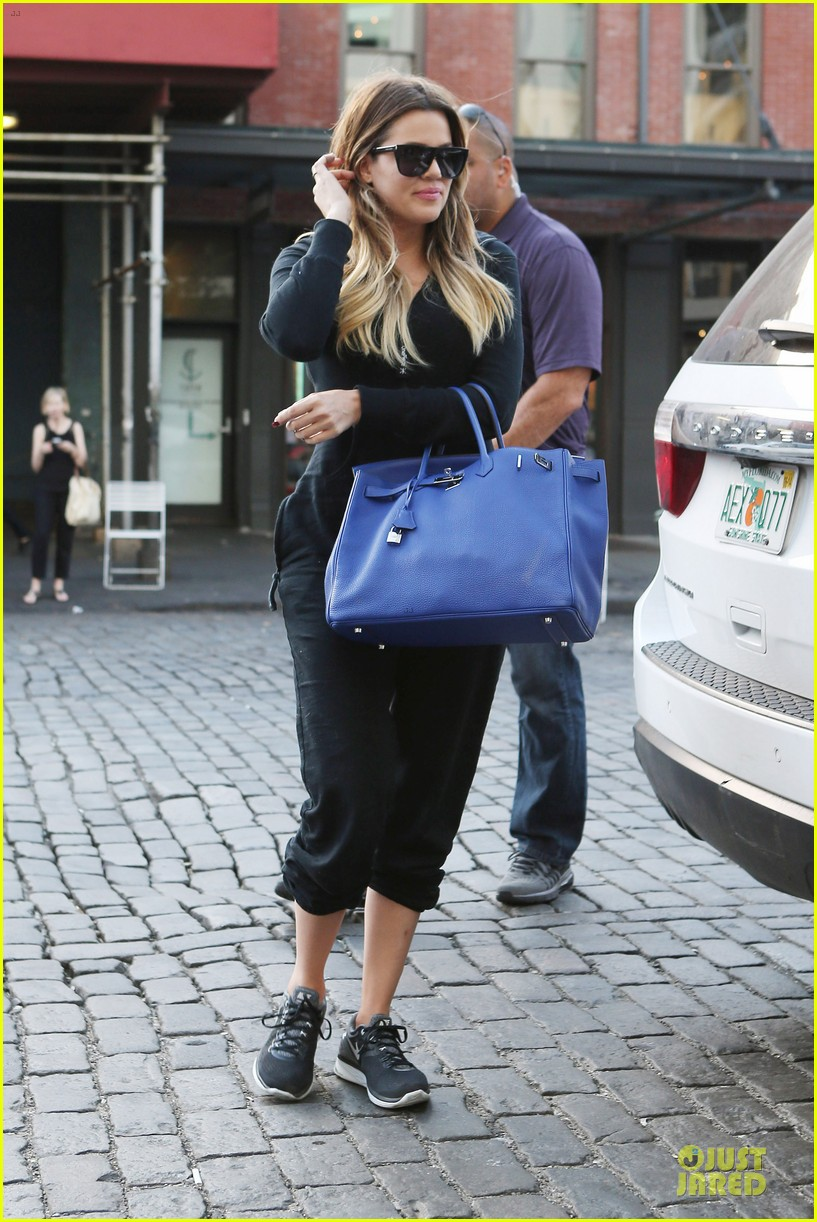 khloe kardashian gets jeep from french montana 063145044