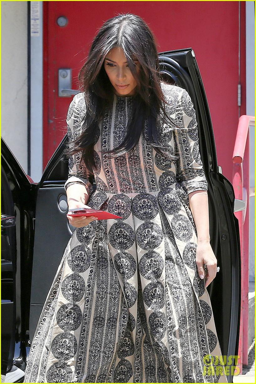 kim kardashian legendary paris trip 01