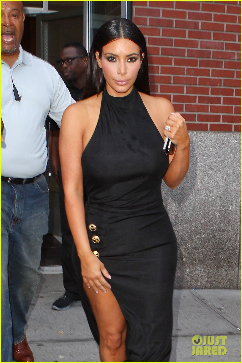 kim kardashian shows off legs for days sexy slit dress 02