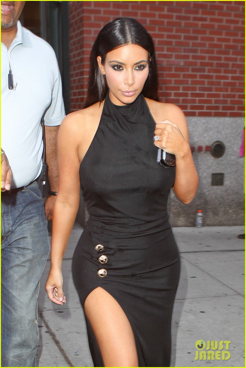 kim kardashian shows off legs for days sexy slit dress 04