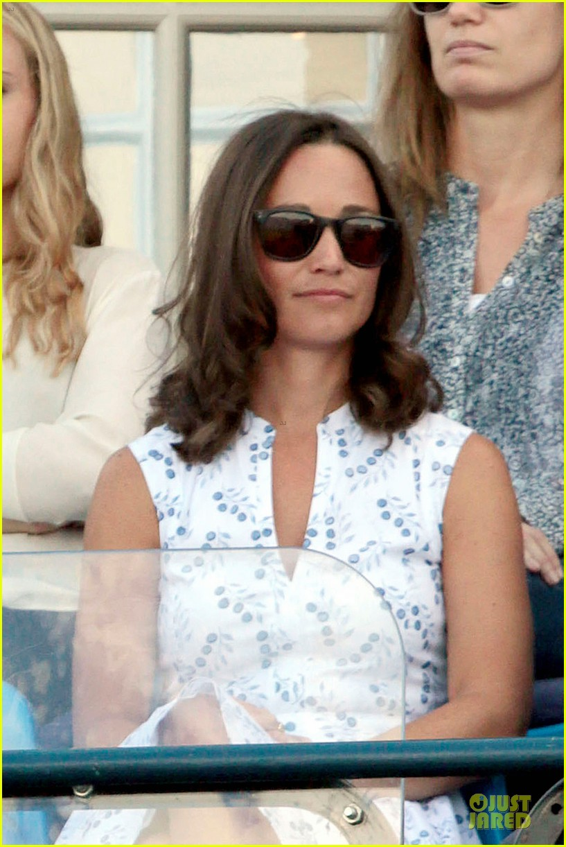 kate pippa middleton class acts separate events in england 09