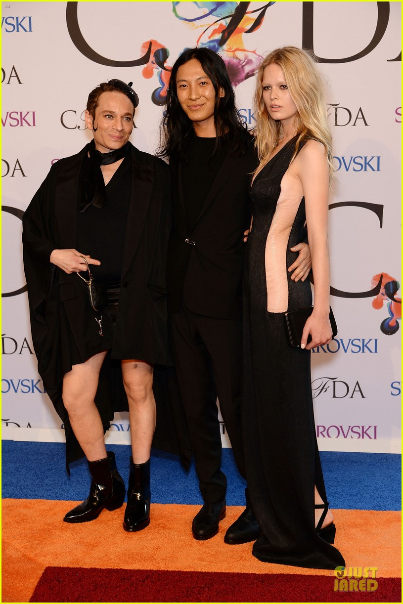 chris kattan channels mango at cfda awards 2014 03