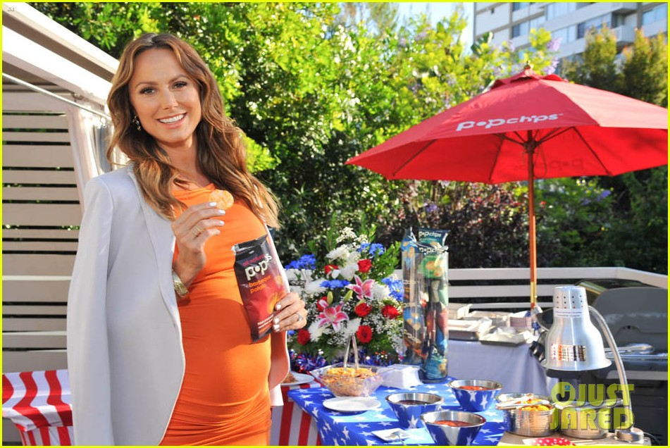 stacy keibler glams up and dresses down baby bump 07