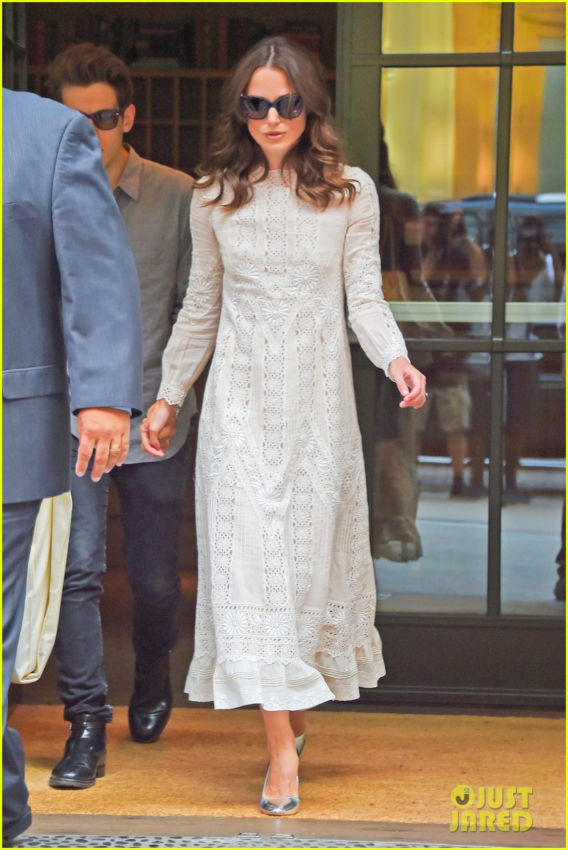 keira knightley james righton begin again premiere 13