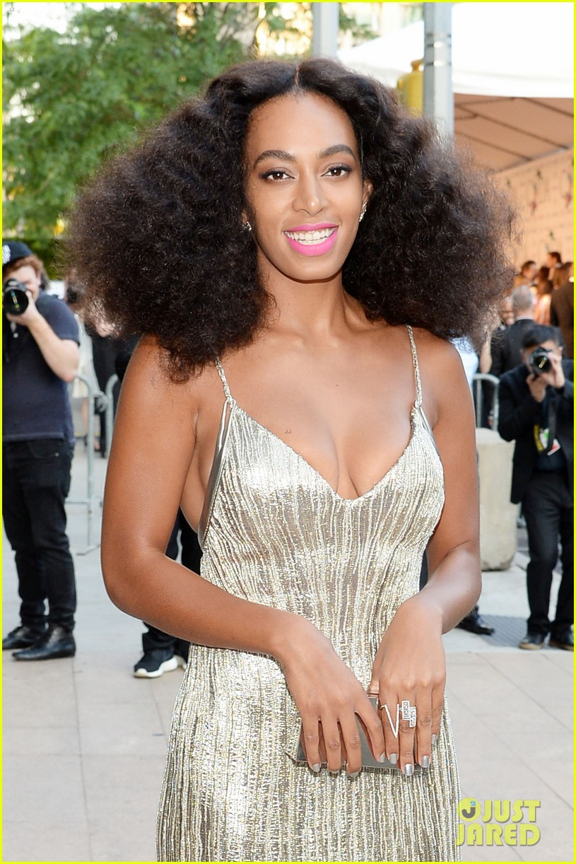 solange knowles rachel roy attend cfda fashion awards 04