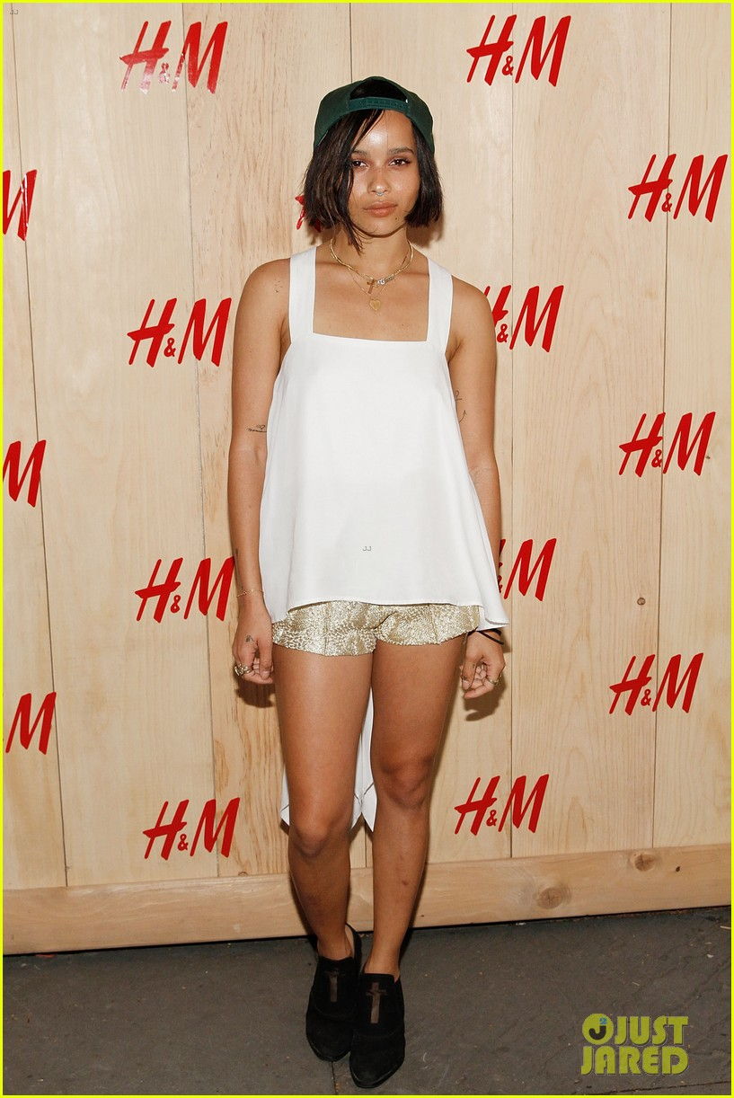 zoe kravitz ive struggled with weight in the past 013139825