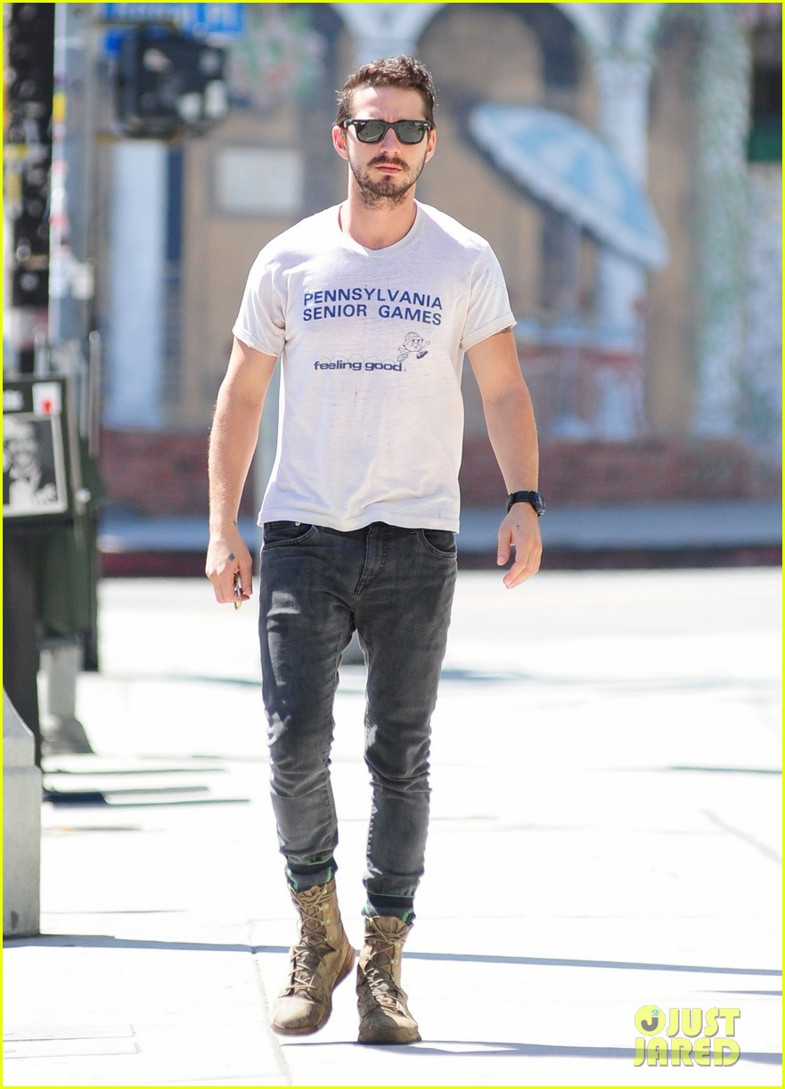 shia labeouf gym time vintage top 153140728