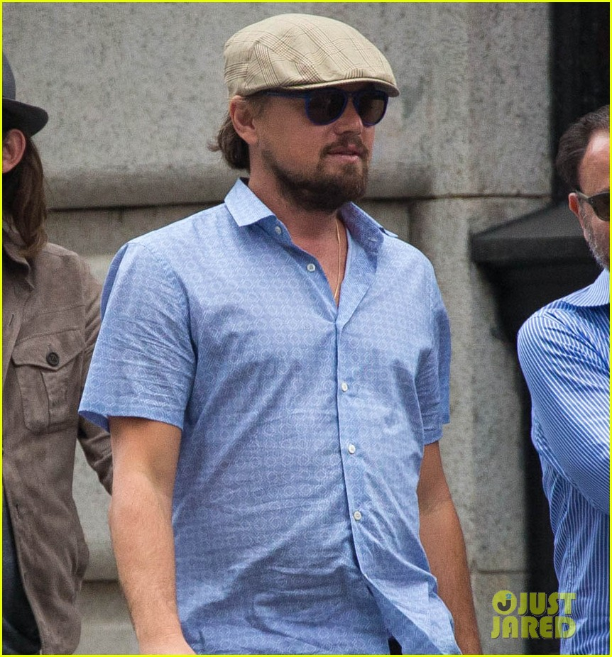 leonardo dicaprio hangs out with pals after lunch in nyc 01