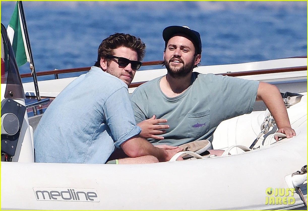 liam hemsworth takes a vacation in portofino 043144841