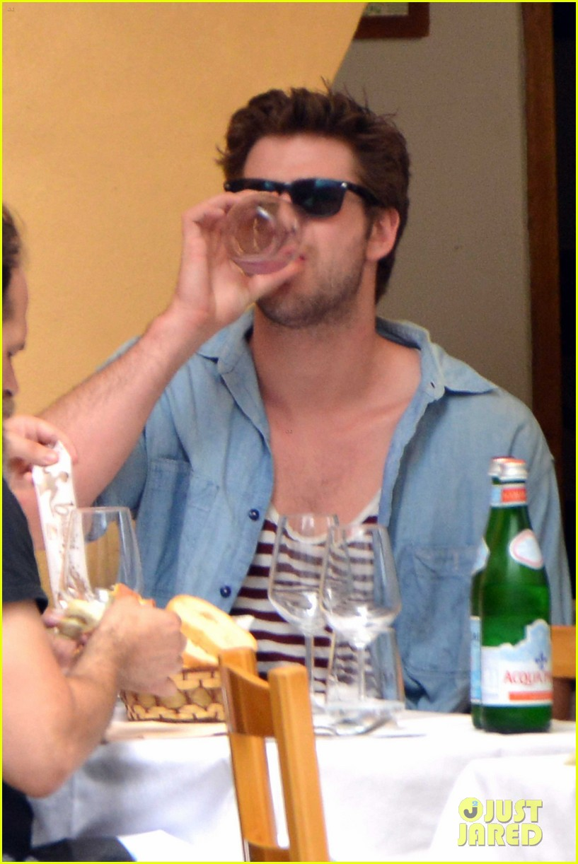 liam hemsworth takes a vacation in portofino 30