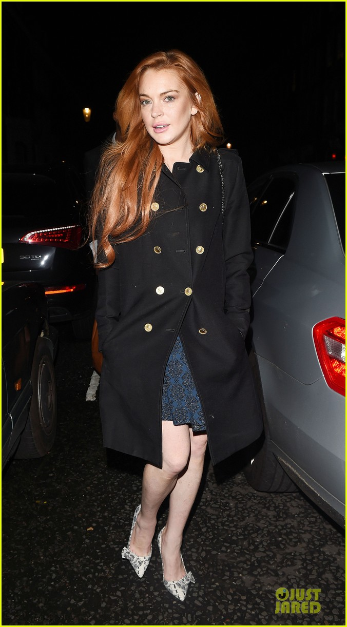 lindsay lohan change it up for dinner 12