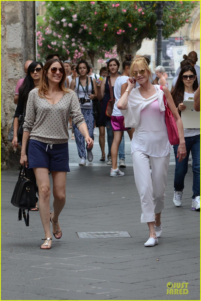eva longoria melanie griffith at taormina film fest 053137804