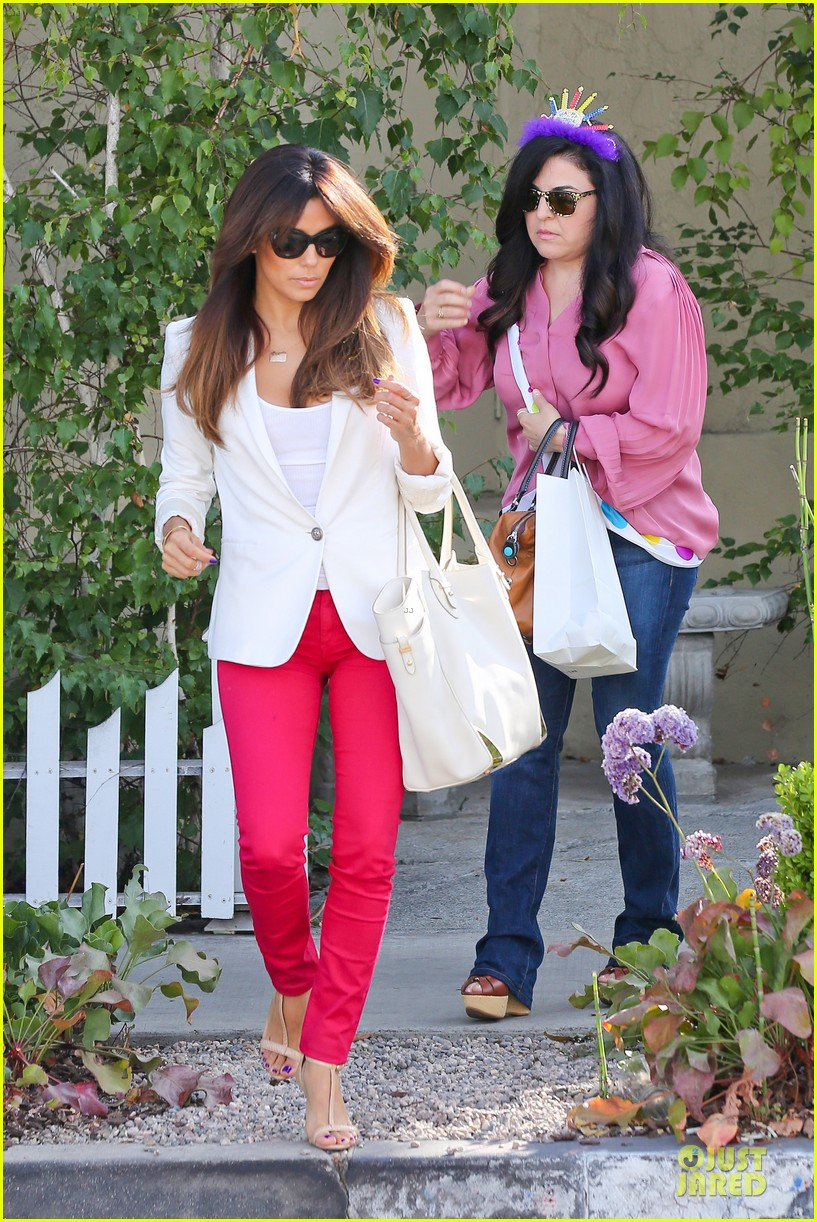 eva longoria pampers sister lucky for birthday 073145064