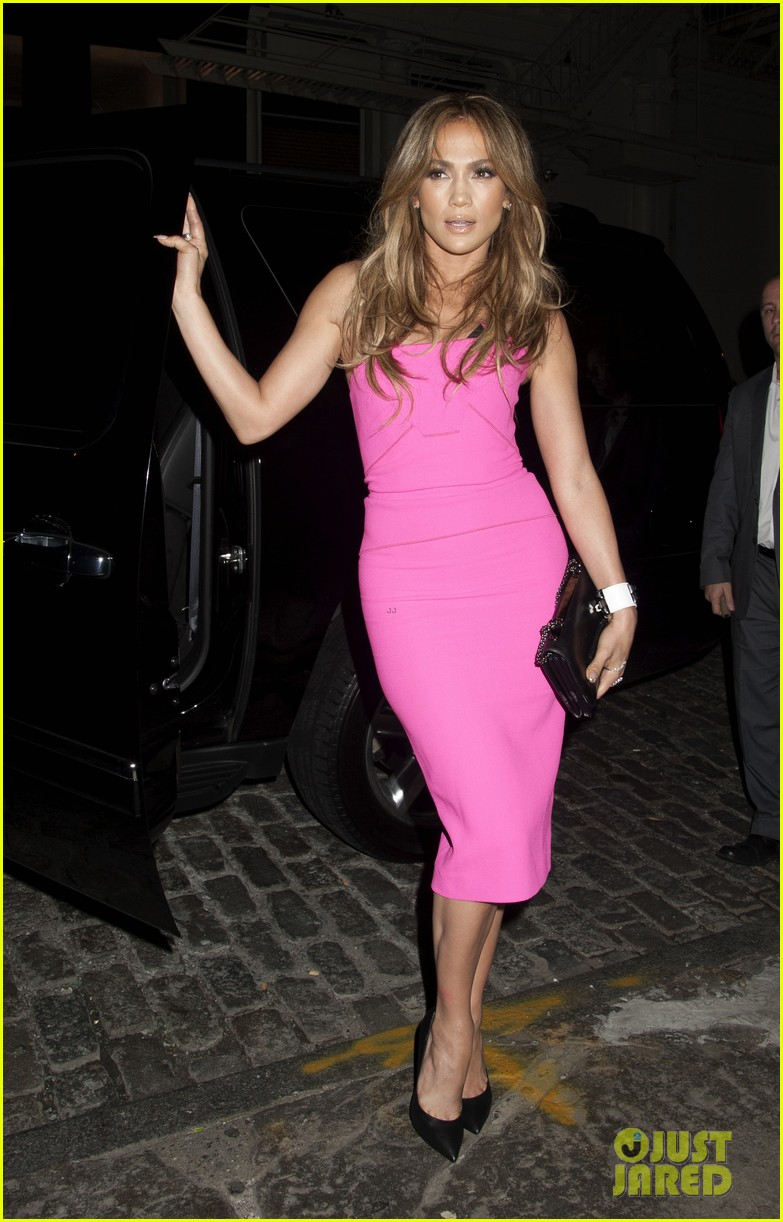 jennifer lopez is lady in pink for a k a album release party 02