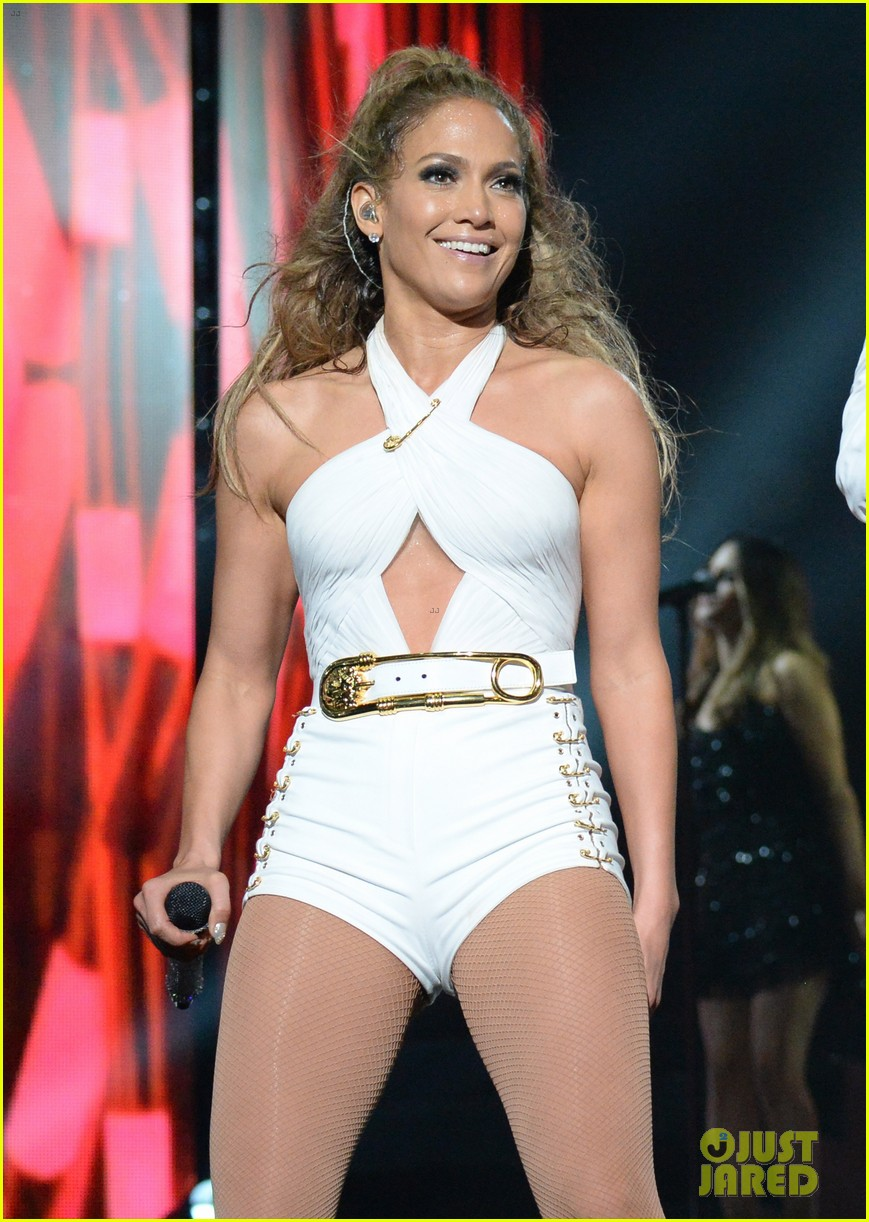 jennifer lopez hometown concert state farm 043128638