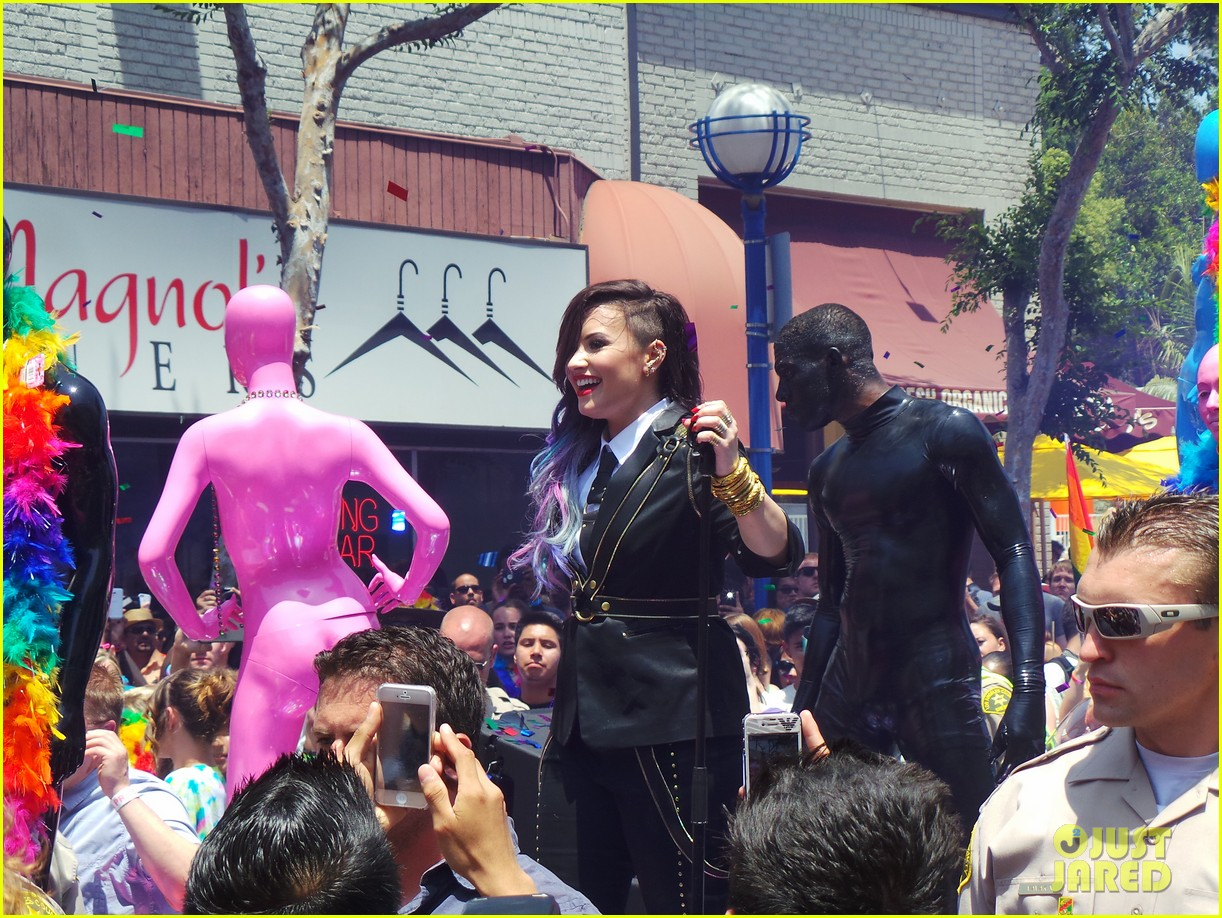 demi lovato really dont care music video shoot la pride 2014 073131176