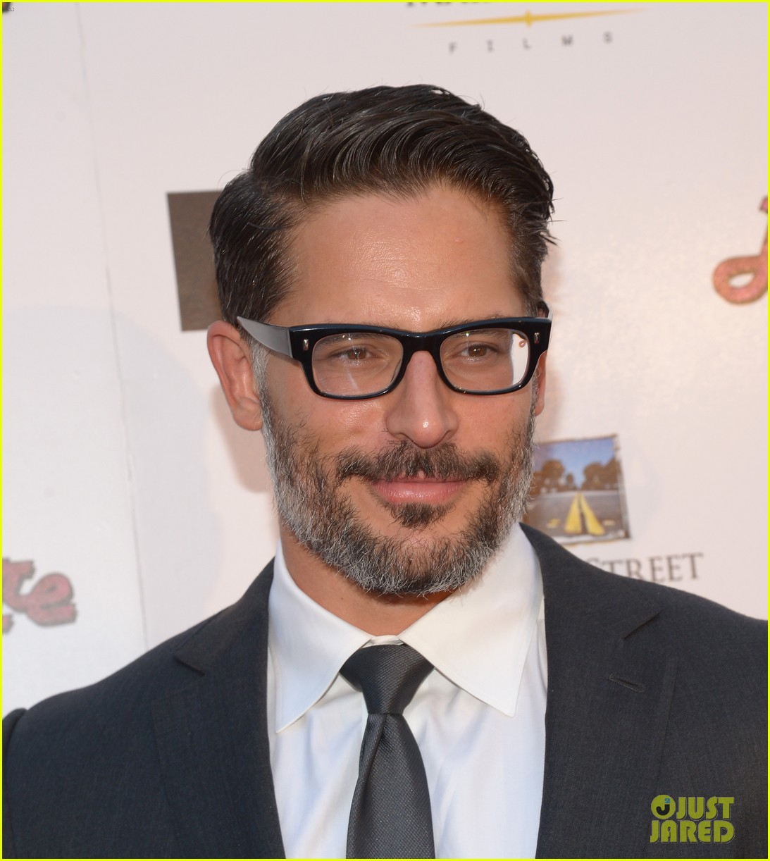 joe manganiello la bare premiere 07